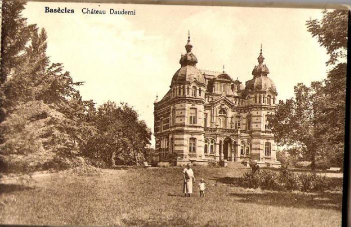Château Dauderni 1 Château Dauderni vu du chemin