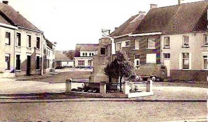 Monument  A.Gors  (années 60)